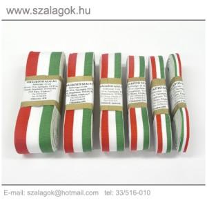 Nemzeti színű szalagok